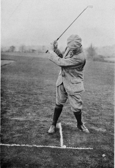 PLATE XXX. A LOW BALL (AGAINST WIND) WITH THE CLEEK. TOP OF THE SWING